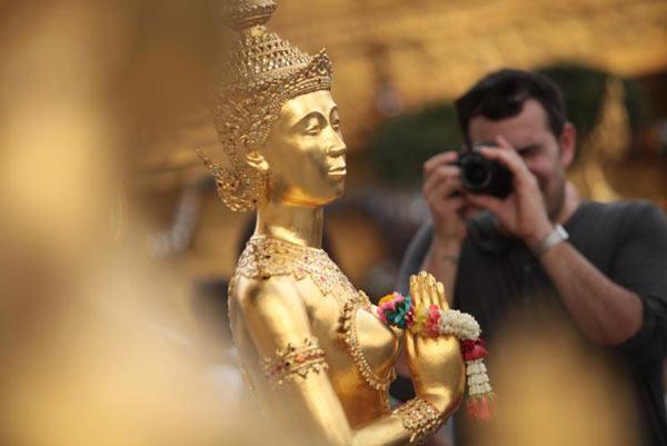 [Image: bangkok_worlds_best_city.jpg]